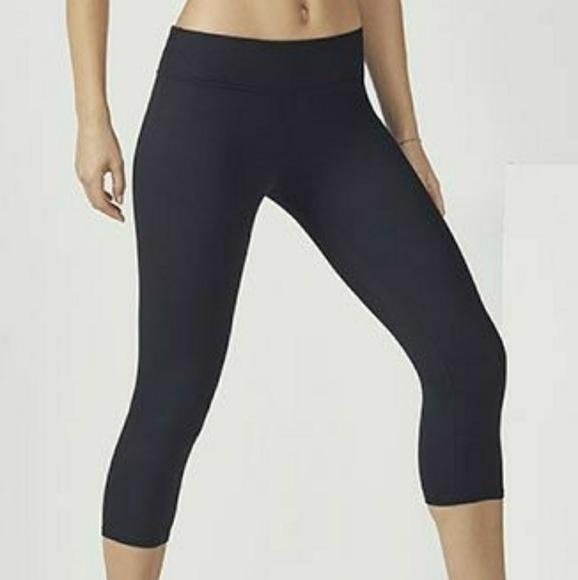96a7cc5a059d7 Fabletics Pants | Salar Solid Powerhold Leggings | Poshmark